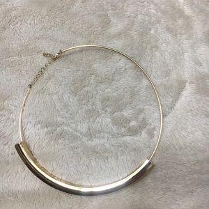 Jewelry - Gold Choker / Necklace ✨